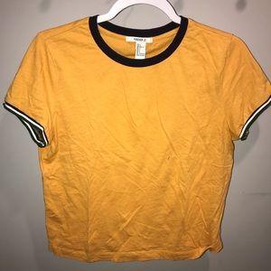 Yellow cropped t-shirt